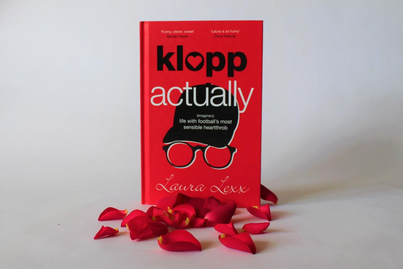 Klopp Actually hardback standing with rose petals